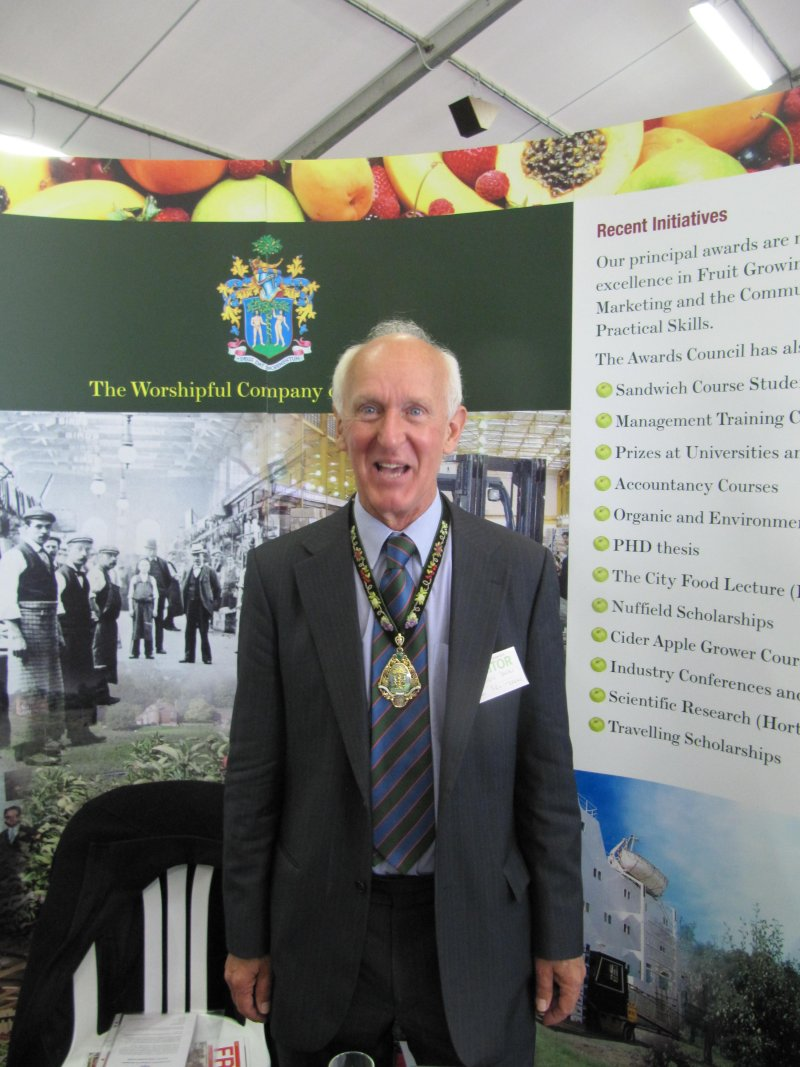 Sandys Dawes, 'Master' of The Worshipful Company of Fruiterers!