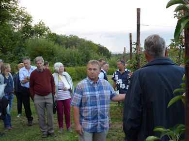 Jonathan Duke explains his management policy to the visitors on Wednesday night
